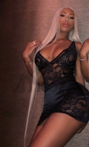 Lou-andréa escort girl in Pinecrest and erotic massage