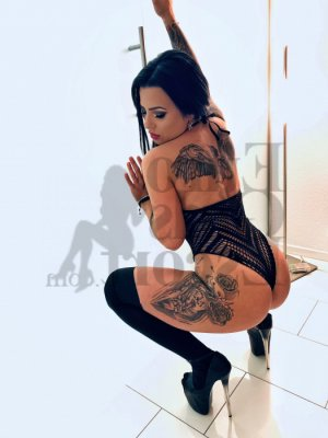 Sharline call girl in Moorestown-Lenola, tantra massage