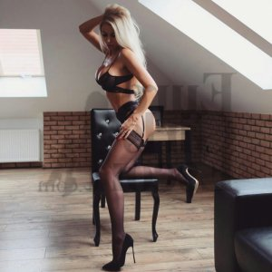 Drissia tantra massage, escort